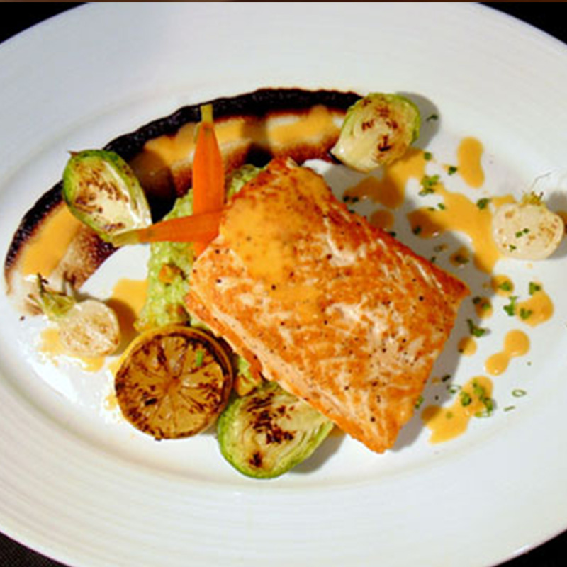 Samoset Resort - image depicts salmon florentine on a plate