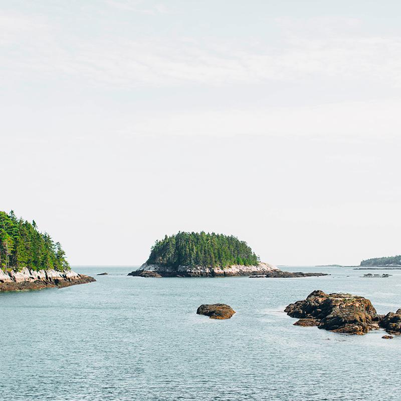 Maine Road Trip - image depicts Maine coastline